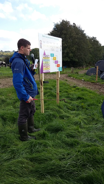 Tom Curran, Collaborative farming secialist, Teagasc speaking to farmers on Molamphys farm.