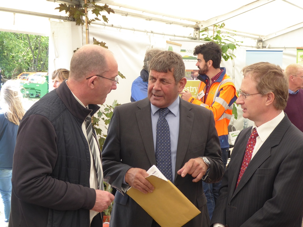 Tom Houlihan, Acting Head of the Forestry Development Department Teagasc in conversation with Minister of State Andrew Doyle TD and Dr Frank O'Mara, Director of Research, Teagasc