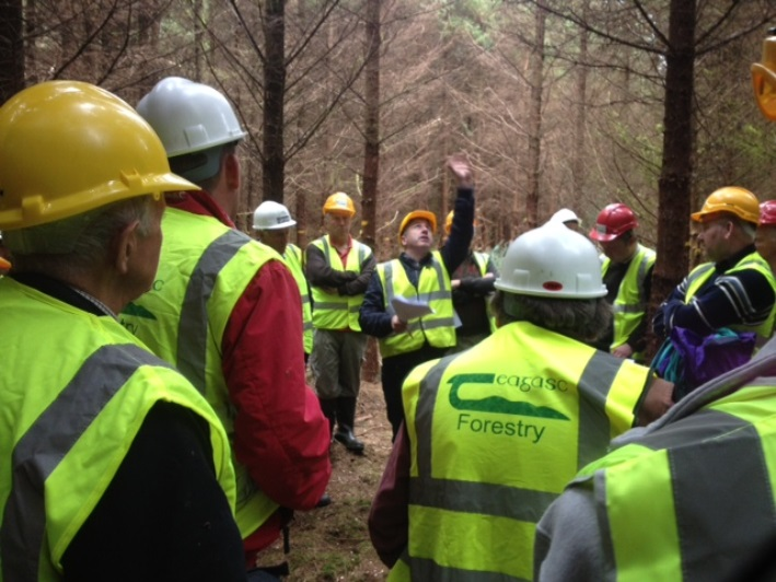 20 October 2015: Dr Niall Farrelly, Teagasc discussing different thinning regimes at Teagasc's conifer thinning event held near Kilbrin, Co Cork. The event was organised by John Casey, Forestry Development Department.