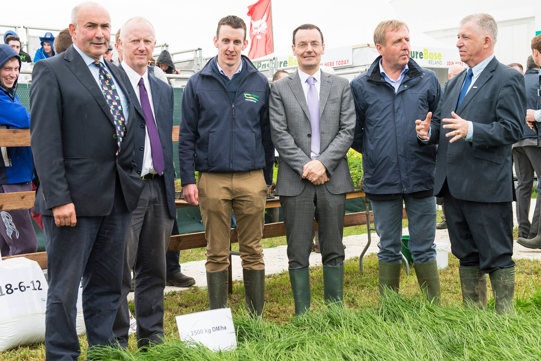 PastureBase Ireland Merges with AgriNet Grass